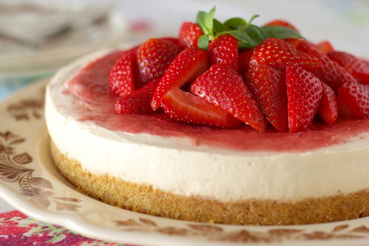 Strawberry cheesecake6 001pp w1200 h799