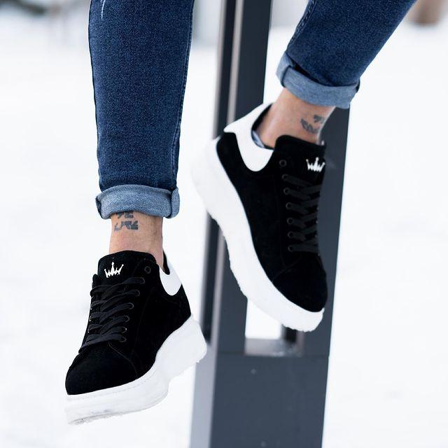 mayra sneakers
