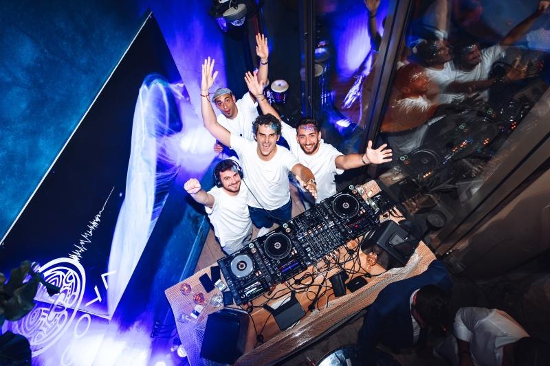 3COYA Mykonos LNB party