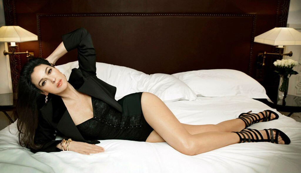 Monica Bellucci: Μπορείς να πιστέψεις ότι έγινε 56 ετών;