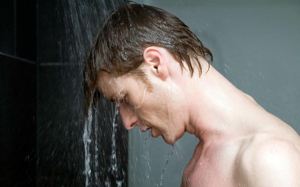 Έρευνα: Πόσο συχνά πρέπει να κάνουμε μπάνιο σύμφωνα με την επιστήμη;