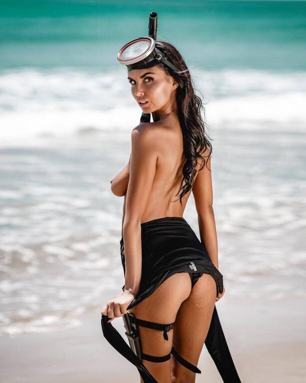 Η Laura Giraudi είναι έτοιμη για ψαροντούφεκο