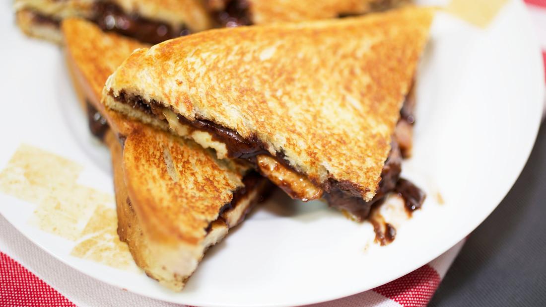 Ποιος θα έλεγε όχι σε σάντουιτς με μερέντα;