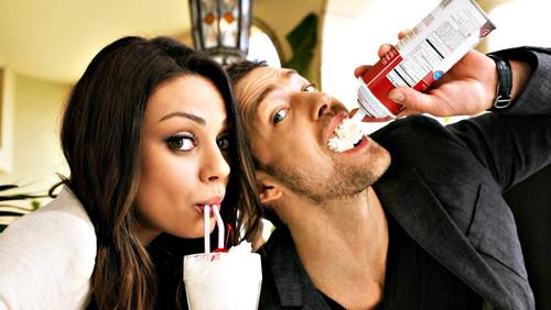 Πόση οικειότητα να αντέξεις πια σε μια σχέση;