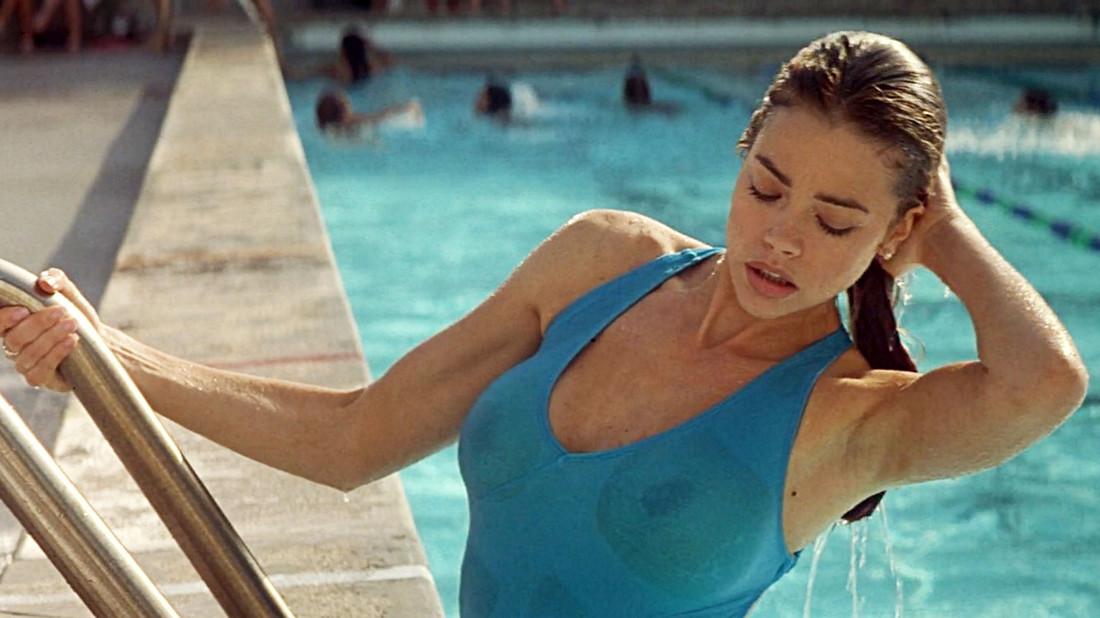 Τι πρέπει να ξέρεις για το σεξ στην πισίνα