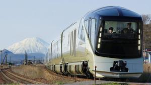 Εισιτήριο κανείς για το τρένο που θα ζήλευε μέχρι και ο Γκάτσμπι;
