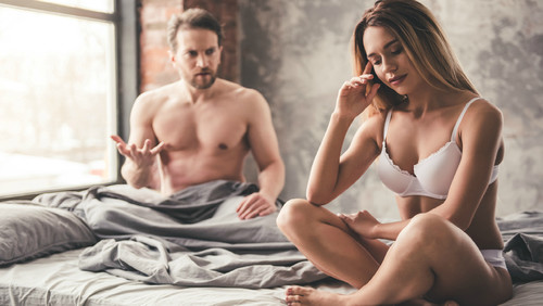 Γίνονται κι οι γυναίκες καπνός μετά το πρώτο ραντεβού