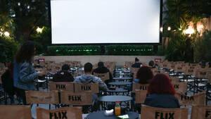 6 λατρεμένα θερινά σινεμά στις συνοικίες της Αθήνας