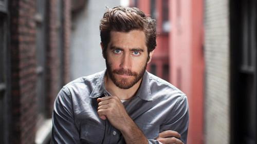 To χτένισμα του Jake Gyllenhaal δεν θέλει κόπο, θέλει τρόπο
