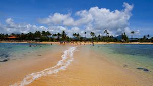 Οι 17 ωραιότερες παραλίες του κόσμου για ονειρικές βουτιές