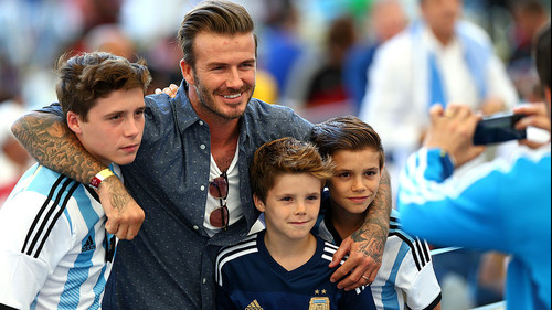 To μυστικό για να κάνεις το slick χτένισμα του David Beckham