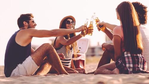 3 coolers που θα κρατήσουν τις μπίρες σου παγωμένες