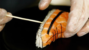 Σνικεράκια φτιαγμένα από σούσι