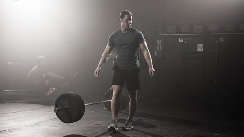 3 ασκήσεις για να φορτώσεις κιλά στην μπάρα