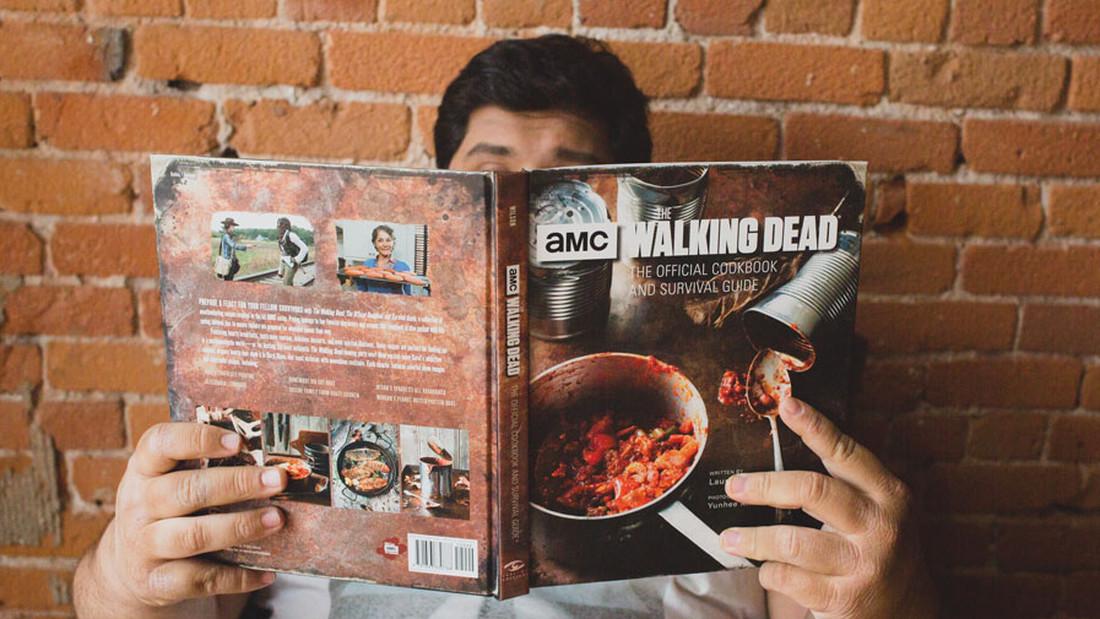 Ένα βιβλίο με συνταγές σε περίπτωση zombie apocalypse