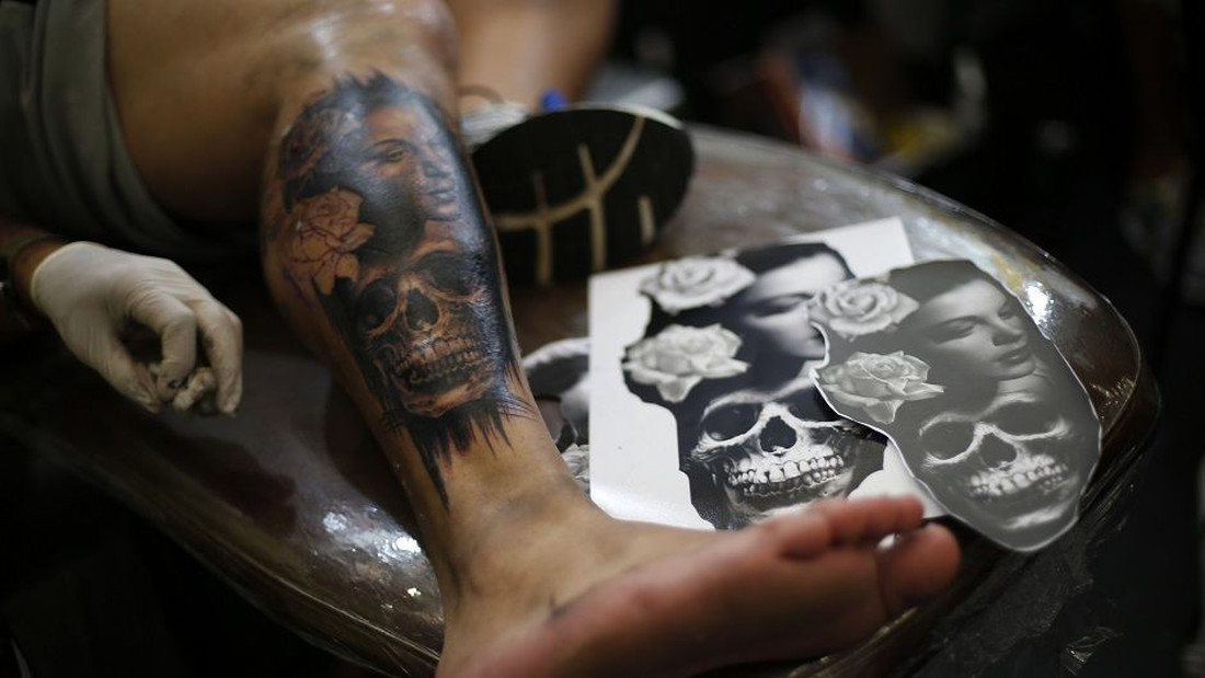 4 πράγματα που δεν πρέπει να κάνεις στα φρέσκα τατουάζ σου