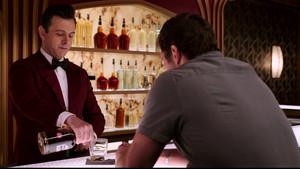 Έρευνα λέει πως αν πίνεις ουίσκι και τζιν νιώθεις πιο σέξι