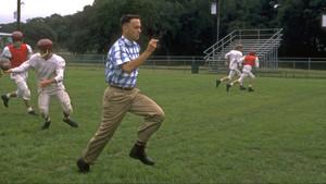 Όταν ο Forrest Gump αποφάσισε να βάλει τα πόδια στο κεφάλι