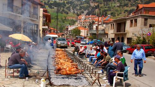Οι 10 πιο Ηδονικές στιγμές που μπορείς να ζήσεις κάθε Πάσχα στο χωριό