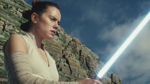 Μήπως μία γυναίκα σκηνοθέτης μπορεί να σώσει το Star Wars;