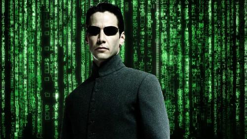 11 γυαλιά ηλίου που αγαπήσαμε μέσα από ταινίες