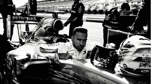 Τρία μαθήματα ζωής που αξίζει να πάρεις από τον Lewis Hamilton