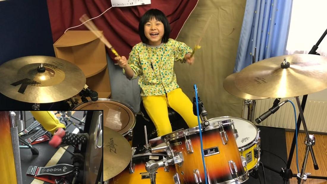 8χρονη πιτσιρίκα «γονατίζει» τους Led Zeppelin στα ντραμς