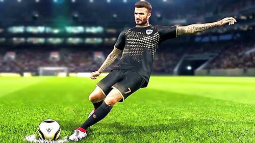 Το νέο PES 2019 παραμένει πιστό στον David Beckham
