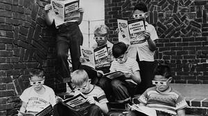 Υπάρχει άντρας που δεν πέρασε το καλοκαίρι μικρός διαβάζοντας κόμιξ;