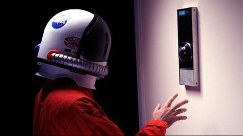Θα έφερνες την «Οδύσσεια του Διαστήματος» σπίτι σου;