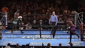 Να και ένας αγώνας πυγμαχίας που λήγει πριν καλά-καλά αρχίσει