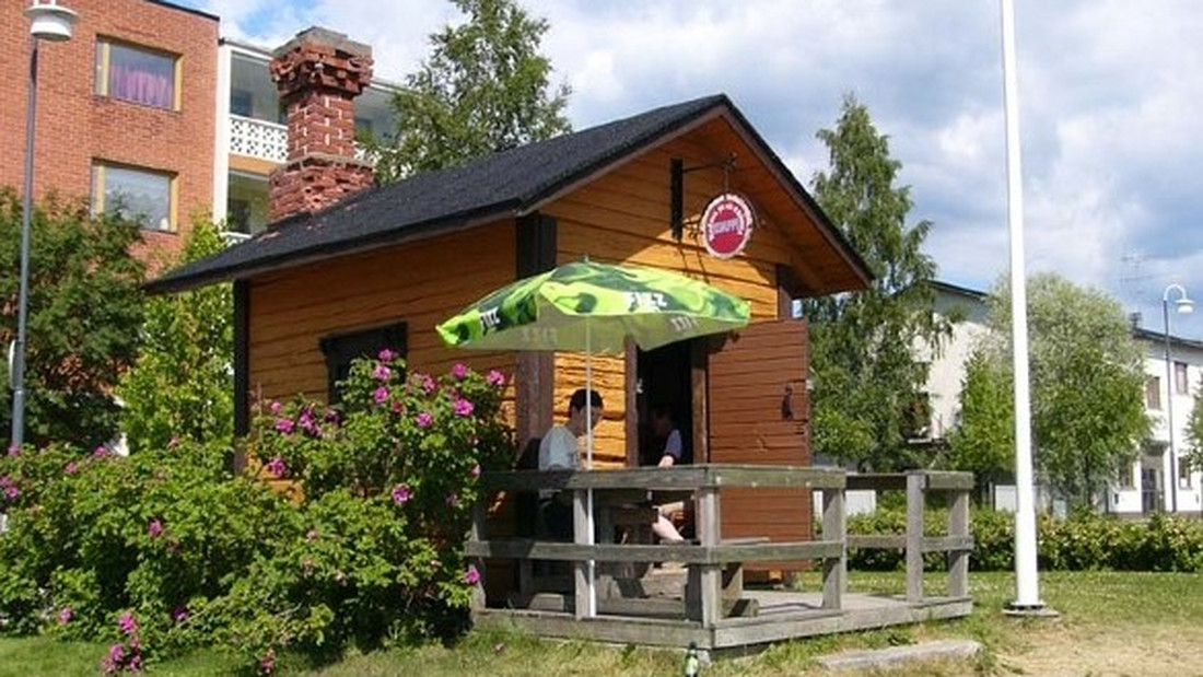 Σε αυτό εδώ το εστιατόριο της Φινλανδίας, στους δύο τρίτος δεν χωρεί