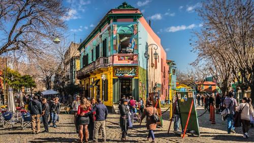 Μπουένος Άιρες: H πόλη των χρωμάτων, του ποδοσφαίρου, του τάνγκο