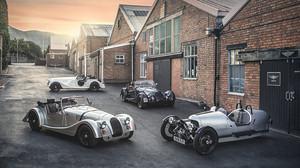 Πόση γοητεία πιάνουν τα κοντέρ των νέων μοντέλων της Morgan Motor;