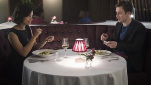 Βγήκατε, τα είπατε, εξαφανίστηκε: Γιατί δεν φτάνεις ποτέ στο δεύτερο ραντεβού;