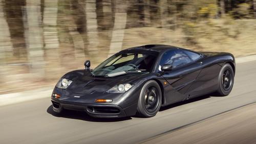 Aυτή η McLaren Speedtail πιάνει 400 km/h στην καθισιά της