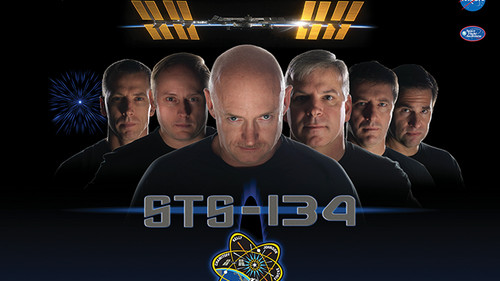 Οι αστροναύτες της NASA φιγουράρουν σε πόστερ sci-fi ταινιών