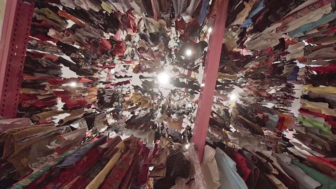 Μία ξενάγηση στην μεγαλύτερη ντουλάπα ρούχων του κόσμου