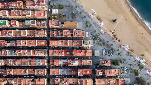 Η συμμετρία της Βαρκελώνης είναι ένας ακόμη λόγος να την ερωτευτείς