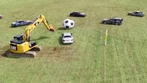 Ποδόσφαιρο που παίζεται με… αυτοκίνητα;