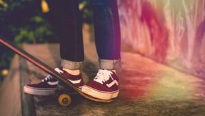 5 αποσμητικά ποδιών που θα σώσουν εσένα και τους γύρω σου