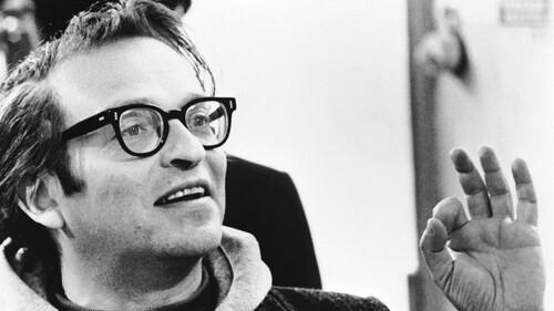 Sidney Lumet: Ο άνθρωπος που απογείωσε το «Δίκτυο» και τον «Serpico»