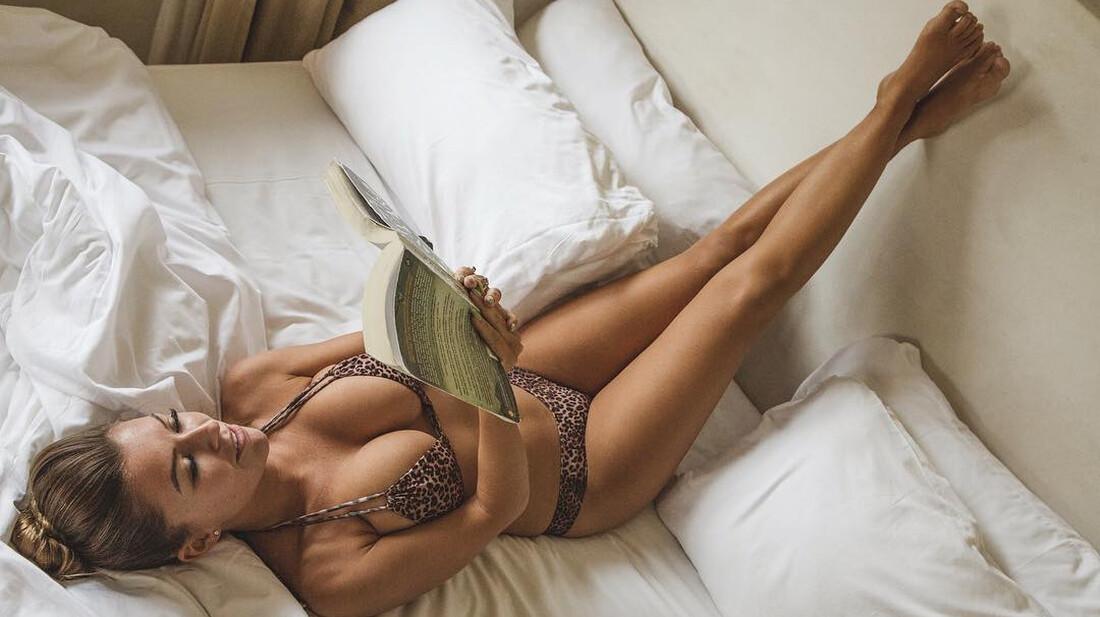 Τίποτα πιο σέξι από μία γυναίκα που διαβάζει βιβλία