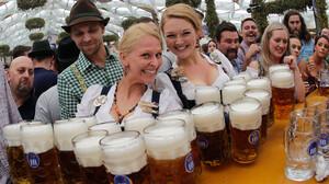 Υπάρχει λόγος που μας αρέσει η μπίρα και αυτός δεν είναι η γεύση της