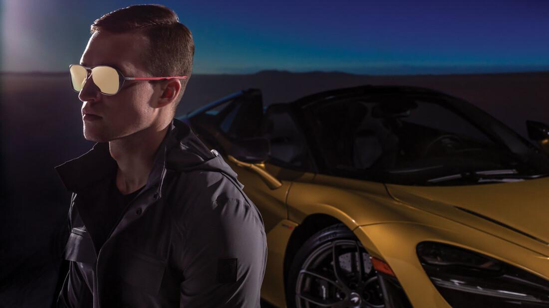 Τα γυαλιά της McLaren τρέχουν σε υψηλές ταχύτητες