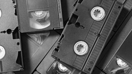 Έχετε παλιές βιντεοκασέτες; Θα βγάλετε λεφτά!