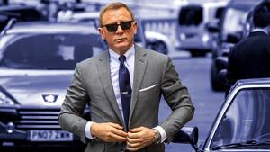 Ο Daniel Craig ξέρει πως θα ζηλέψουμε το στυλ του