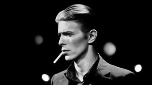 Όταν ο David Bowie έπεσε στη Γη