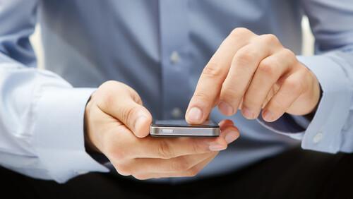 Το νέο νομοσχέδιο που θέλει να απαγορεύσει την αλόγιστη χρήση του ίντερνετ