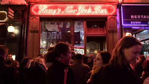 Harry's New York Bar: Μία βόλτα στο μέρος που γεννήθηκε το Bloody Mary